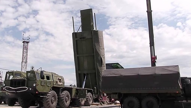 """Hé lộ sức mạnh tên lửa """"bất khả xâm phạm"""" của Nga"""