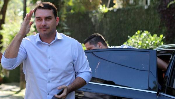 Ông Flavio Bolsonaro – con trai Tổng thống Brazil Jair Bolsonaro.