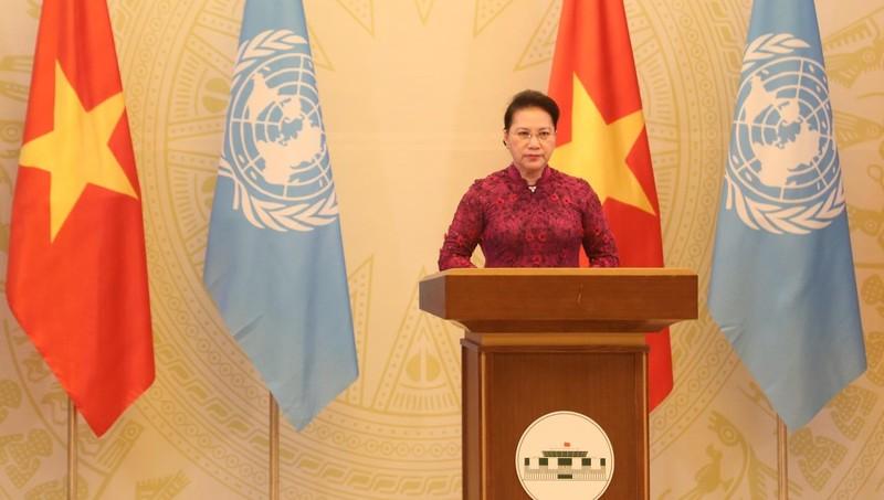 """Chủ tịch Quốc hội Nguyễn Thị Kim Ngân gửi thông điệp tới Phiên Cấp cao kỷ niệm 25 năm Hội nghị Thế giới về Phụ nữ lần thứ IV với chủ đề """"Thúc đẩy bình đẳng giới và trao quyền cho tất cả phụ nữ và trẻ em gái""""."""