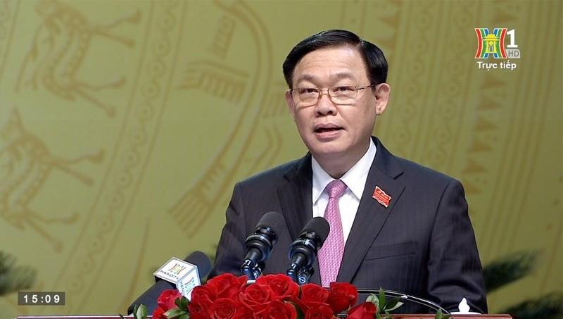 Ủy viên Bộ Chính trị, Bí thư Thành ủy Hà Nội khóa XVII Vương Đình Huệ phát biểu tại Đại hội.
