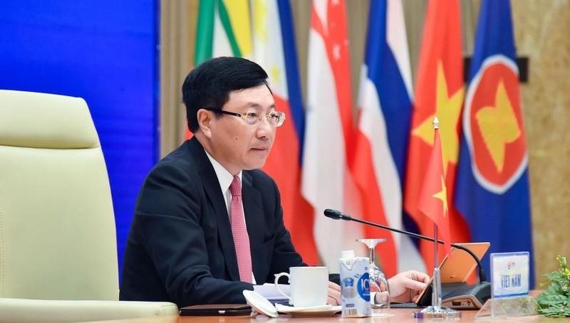 Phó Thủ tướng, Bộ trưởng Ngoại giao Phạm Bình Minh chủ trì Hội nghị Bộ trưởng Ngoại giao ASEAN. Ảnh: Baoquocte