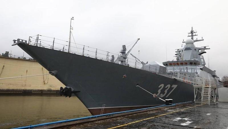 Tàu hộ tống tối tân Gremyashchiy của Nga.