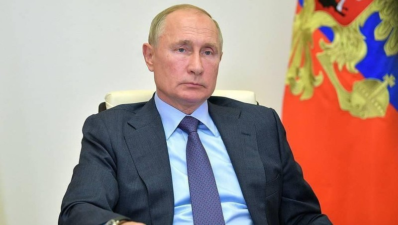 Tổng thống Nga Putin ký luật tăng thuế người thu nhập cao