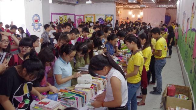 Gây quỹ từ 8000 cuốn sách cũ cho trẻ em nghèo