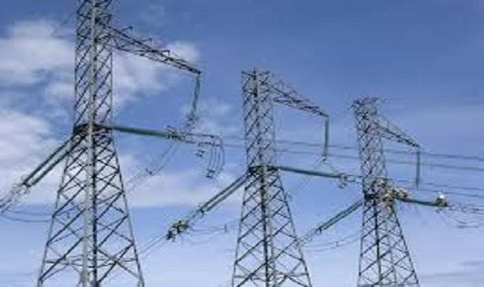 EVN xin lỗi khách hàng vì sét đánh đường dây, gây mất điện 20 phút