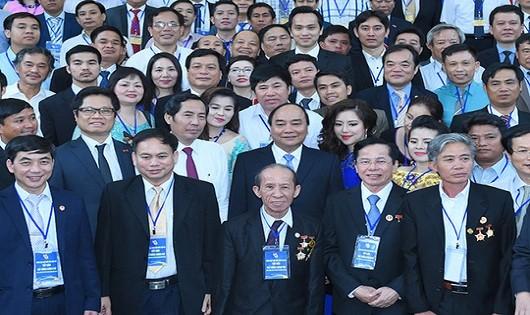 Thủ tướng Chính phủ Nguyễn Xuân Phúc và lãnh đạo các doanh nghiệp.
