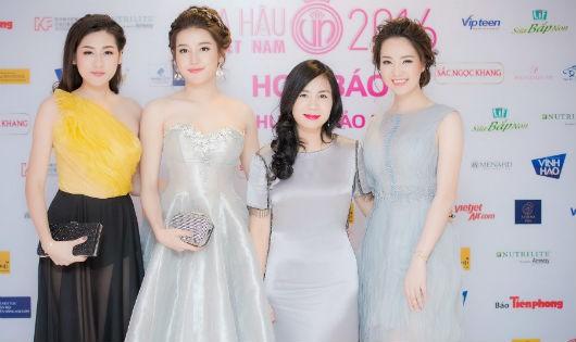 Người phụ nữ giúp thí sinh Hoa hậu Việt Nam tỏa sáng đường cong