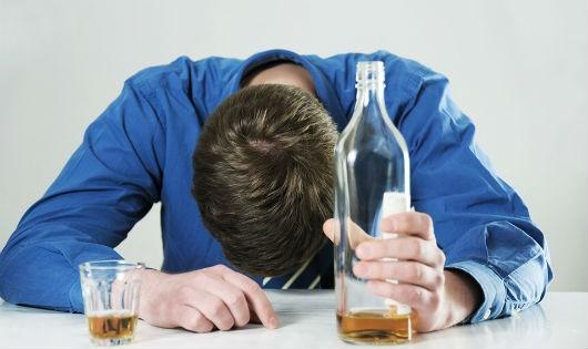 Người say xỉn tự sát tỉnh dậy vẫn không nhớ lý do nhập viện