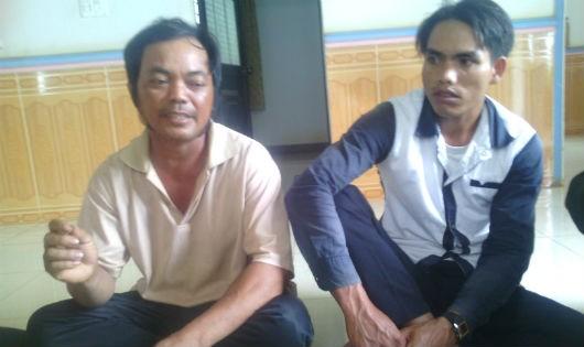 Ông Y Hiu (bên trái) cho rằng mình bị bà Ngọc lừa chiếm sổ đỏ.