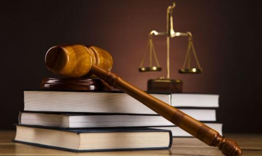 Luật quốc gia thua lệ của tòa