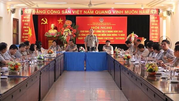 Cục trưởng Cục THADS TP Hải Phòng Trần Hồng Quang phát biểu tại hội nghị