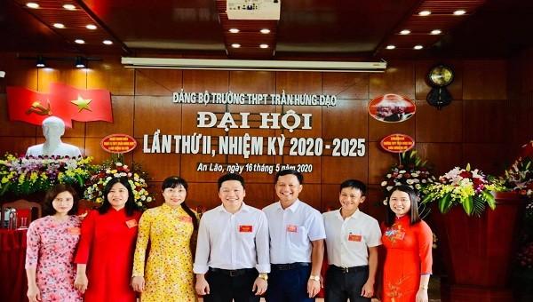 Cấp ủy của Đảng bộ trường THPT Trần Hưng Đạo trong nhiêm kỳ mới.
