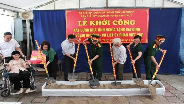 Bộ CHQS TP Hải Phòng khởi công nhà tình nghĩa tặng vợ liệt sỹ