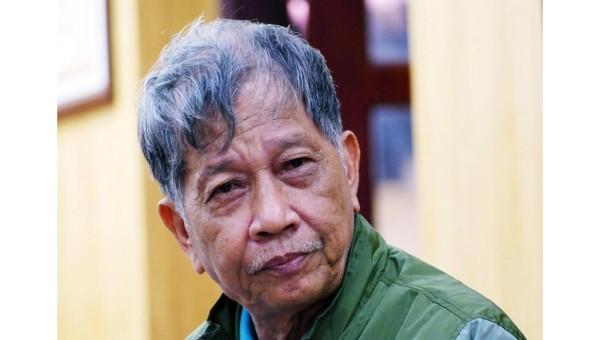 Chân dung nhà văn Nguyễn Huy Thiệp.