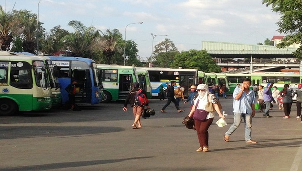 Hơn 3.000 xe buýt tại TP HCM ngưng hoạt động 15 ngày