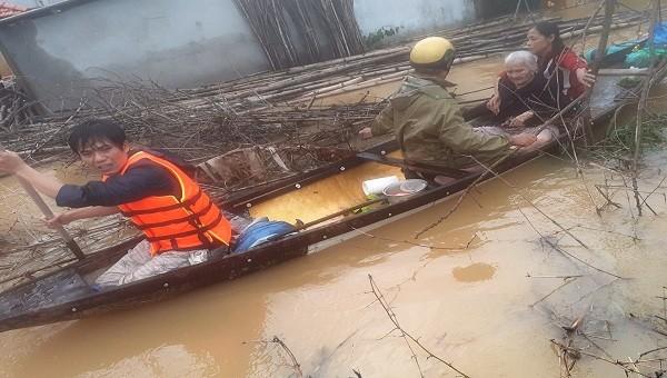 Toàn tỉnh Thừa Thiên - Huế đã sơ tán gần 8.200 hộ với gần 25.000 khẩu.