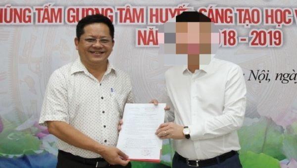 Nhà báo Phan Bùi Bảo Thy (trái) bị tạm giữ hình sự.