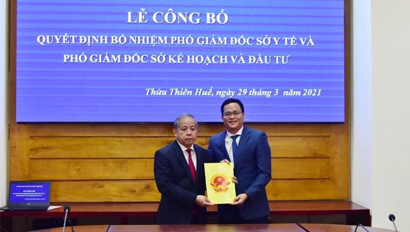Trao quyết định bổ nhiệm Phó Giám đốc sở Kế hoạch và Đầu tư tỉnh Thừa Thiên Huế