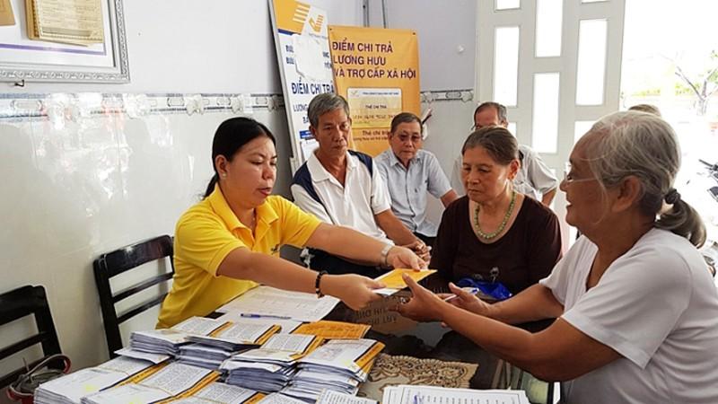 TP HCM chi trả lương hưu qua bưu điện để phòng dịch Covid-19