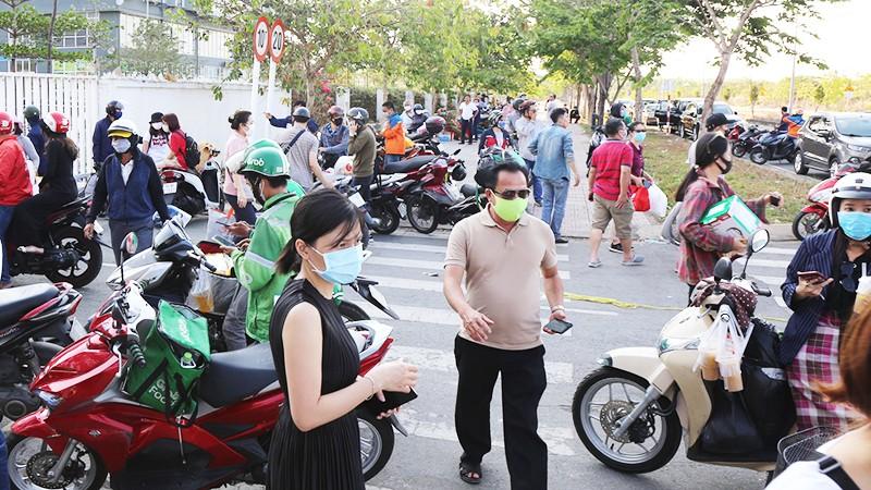 TP HCM: Quyết liệt không cho tập trung quá 2 người nơi công cộng