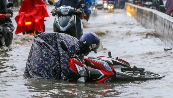 TP HCM không thu phí chống ngập của người dân