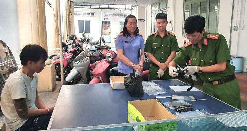 """Kiên Giang bắt đối tượng tàng trữ ma túy đá """"khủng"""""""
