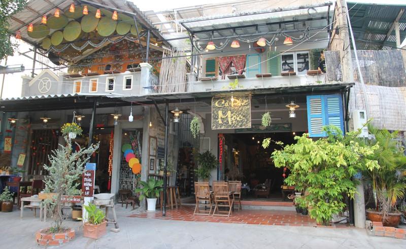 Ký ức ùa về với quán cà phê xưa củ