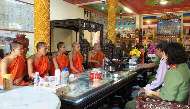 Đông bào Khmer Bạc Liêu luôn hướng về ngày hội toàn dân