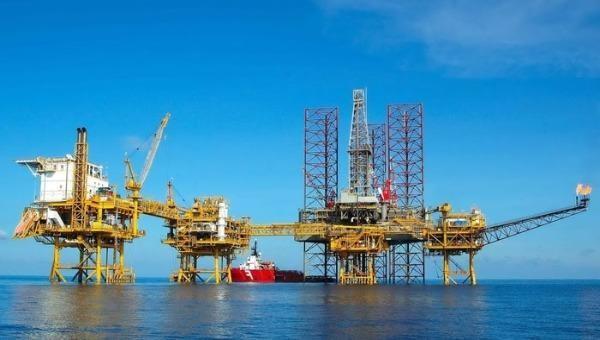 Các công trình Dầu khí trên biển góp phần khẳng định chủ quyền biển đảo của Tổ quốc - Cụm mỏ Sư Tử Trắng của Công ty Liên doanh Điều hành Cửu Long (thuộc PVEP)