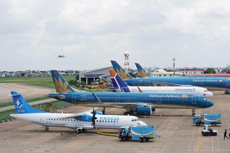 Vietnam Airlines phải chuyển hướng nhiều chuyến bay do thời tiết xấu tại sân bay Nội Bài