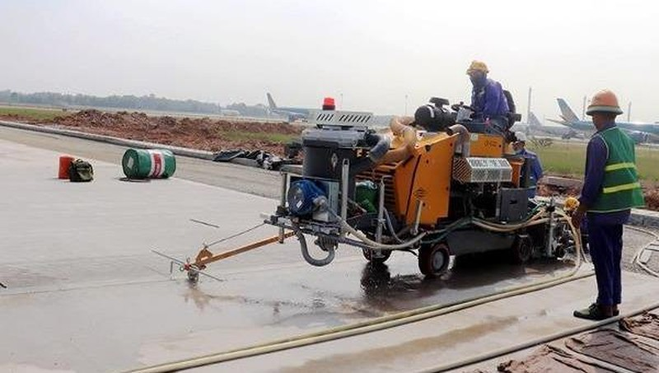 Nhà thầu Tổng Công ty Xây dựng công trình hàng không (ACC) thực hiện dự án tại sân bay Nội Bài, giai đoạn 1.