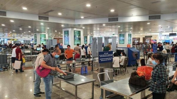 Bộ GTVT chỉ đạo hãng bay từ chối vận chuyển hành khách không khai báo y tế