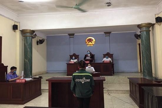 Trịnh Thị Lành tại phiên tòa.
