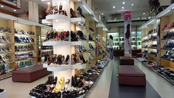 Cửa hàng giầy dép Lucky