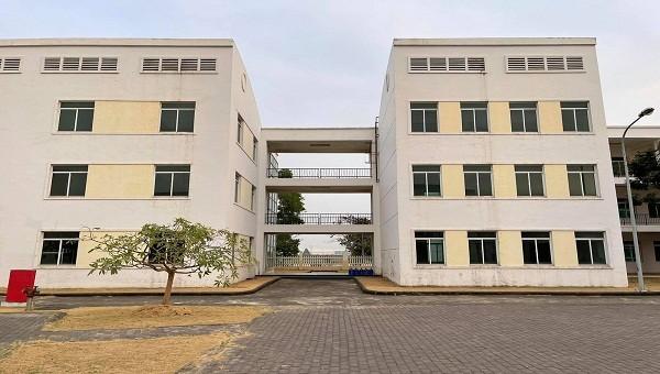 Bệnh viện dã chiến được xây dựng ở Trường Đào tạo nghề Việt Nam – Canada.