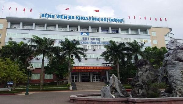 Người bệnh phản ánh Bệnh viện đa khoa tỉnh Hải Dương liên tục mất nước.