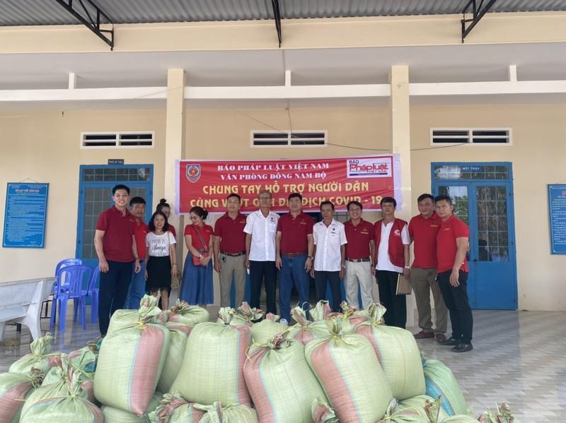 Chung tay hỗ trợ người dân Bình Thuận vượt qua dịch Covid-19