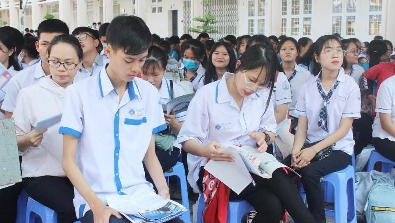 Học sinh tham gia Chương trình Tư vấn tuyển sinh-hướng nghiệp 2020 tỉnh Bà Rịa - Vũng Tàu.