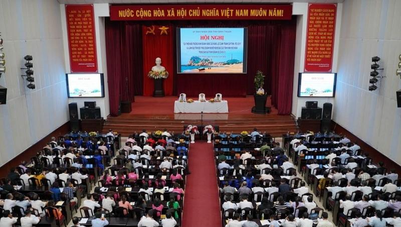 Lãnh đạo tỉnh Bình Thuận đã đối thoại với hơn 300 doanh nghiệp hoạt động trên địa bàn.