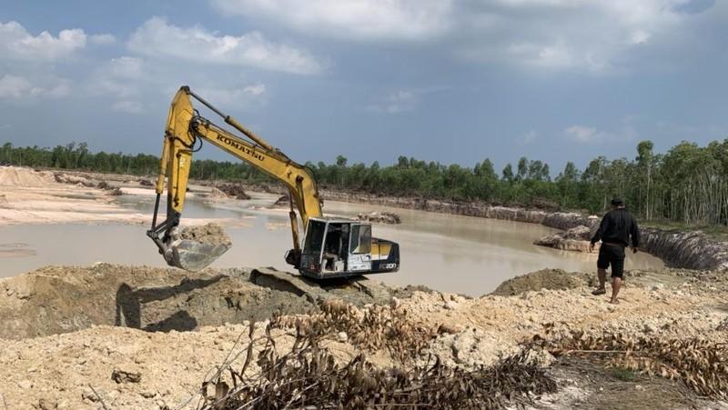 Công an huyện Hàm Tân im lặng suốt 2 năm khi gần 2ha đất trồng bạch đàn bị biến thành... ao