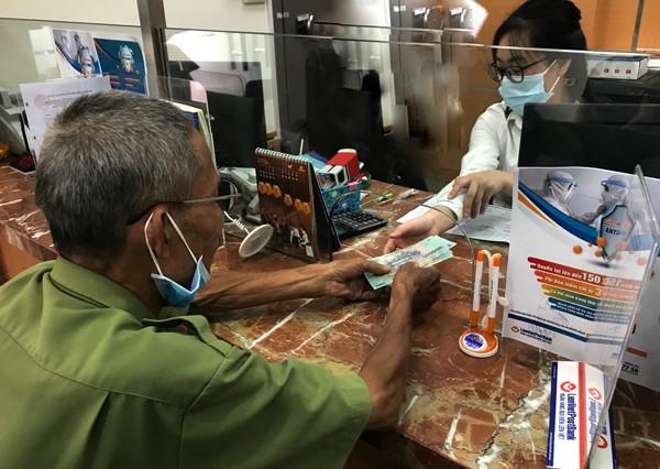 Lào Cai: 109 hộ dân nhận tiền hỗ trợ do ảnh hưởng dịch bệnh Covid-19.