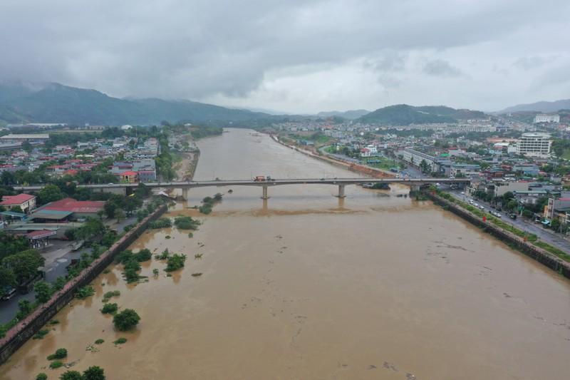 Lũ lớn trên sông Hồng, sông Chảy đoạn qua tỉnh Lào Cai
