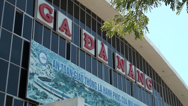 Ga Đà Nẵng trả lại tiền vé cho hành khách