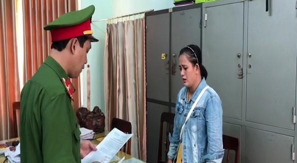 Quảng Ngãi: Khởi tố chủ tịch và kế toán xã ăn chặn tiền hỗ trợ hộ nghèo