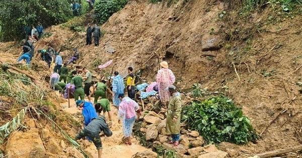 Khu vực nơi xảy ra vụ sạt lở đất đá ở xã Trà Tân