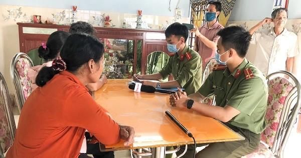 Công an huyện Bình Sơn (Quảng Ngãi) đang điều tra xác minh tại nhà bà Bùi Thị Hiền ở xã Bình Long