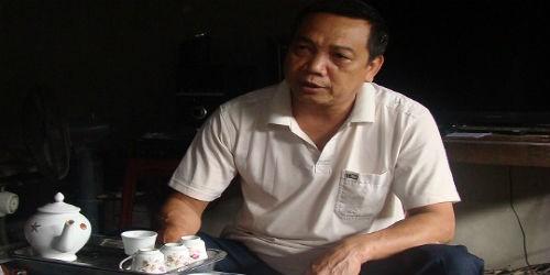 Ông Hà Huy Sơn bức xúc phản ánh với PV khi mua phải bê tông kém chất lượng