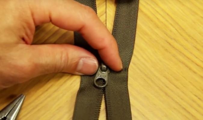 Kết quả hình ảnh cho cách sửa khóa áo