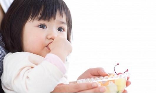 Tẩy giun an toàn và đúng cách cho bé