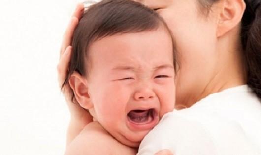 Các bệnh về đường hô hấp mà trẻ thường mắc phải khi chuyển mùa